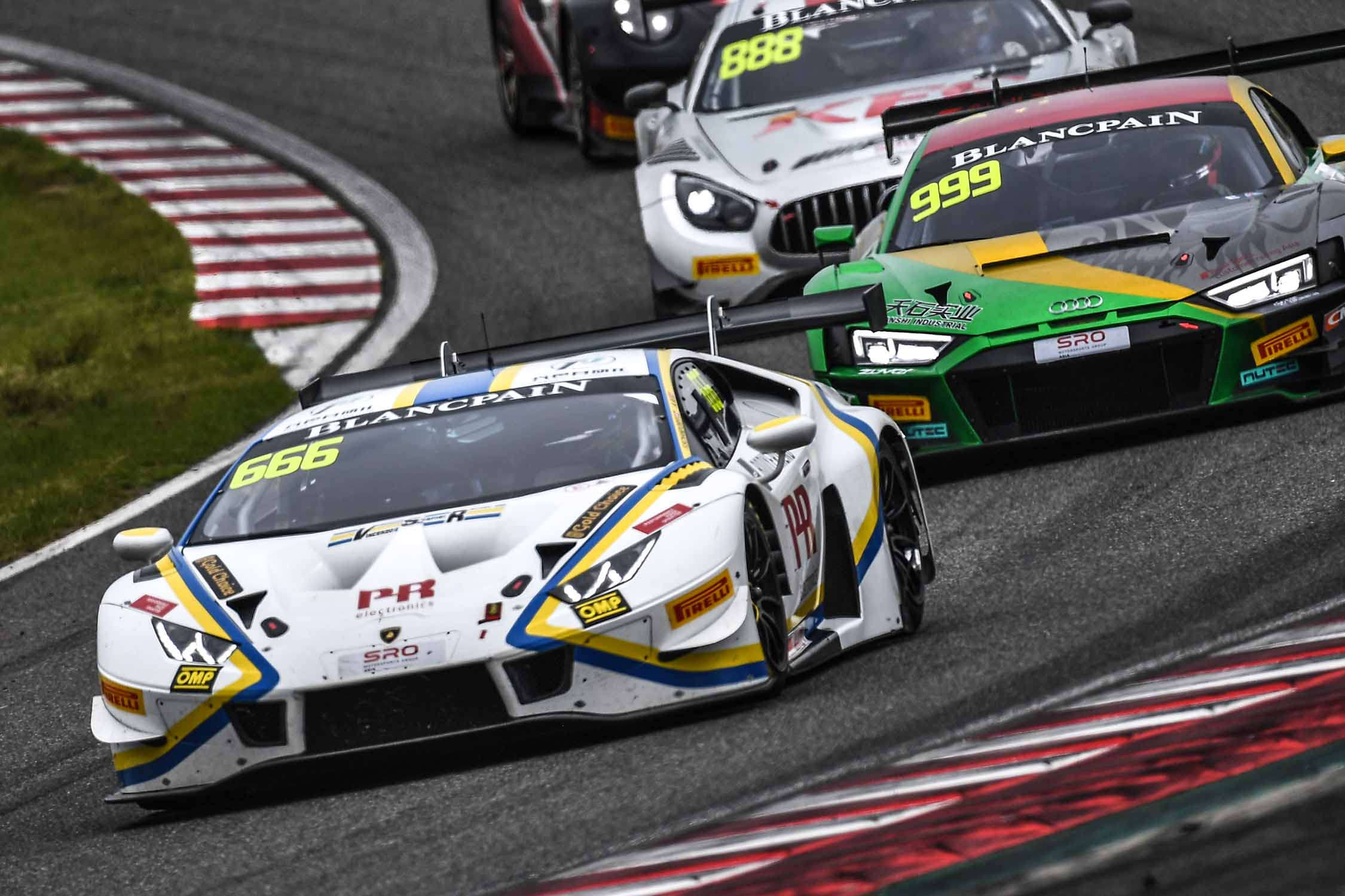 SUZUKA PODIUM FOR AU AND SCHANDORFF